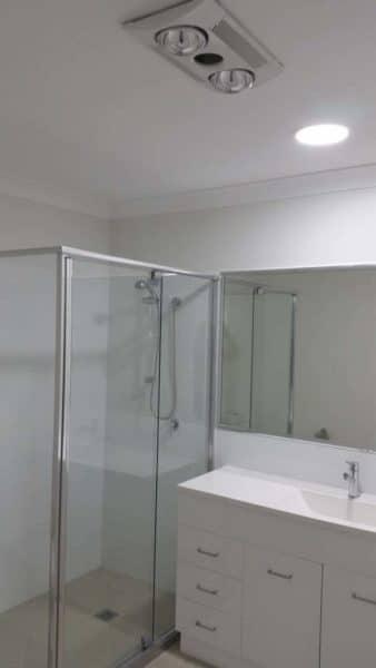 Bathroom Solar Light Whiz