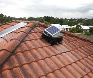Solar Whiz on Tiled Roof