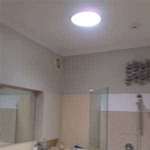 round skylight in bathroom