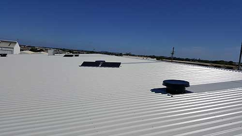commercial solar whiz golden circle roof